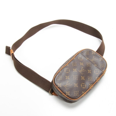 Louis Vuitton Pochette Gange Crossbody in Monogram Canvas