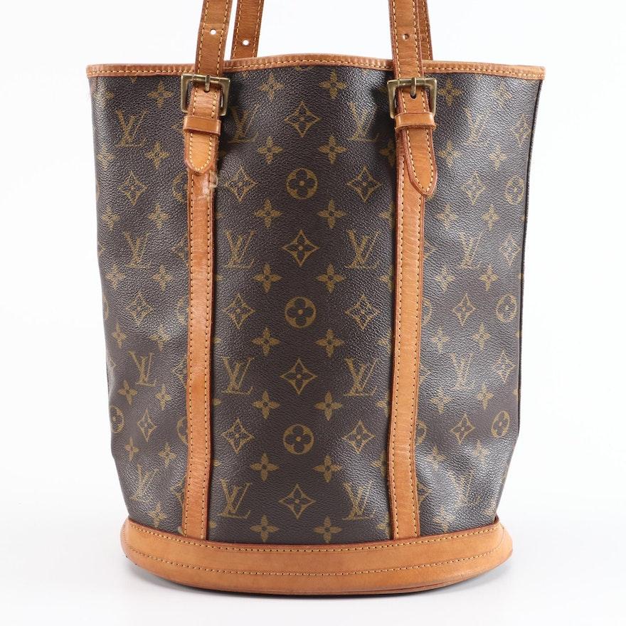 Louis Vuitton Bucket Bag in Monogram Canvas and Vachetta Leather