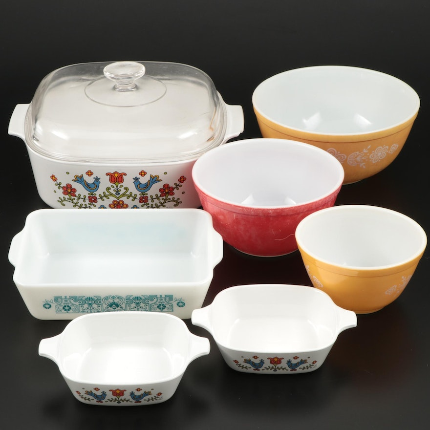 """CorningWare """"Country Festival"""" with Pyrex Cookware and Bowls"""