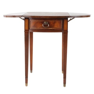 Hepplewhite Style Mahogany Drop Leaf Side Table, Mid to Late 20th Century