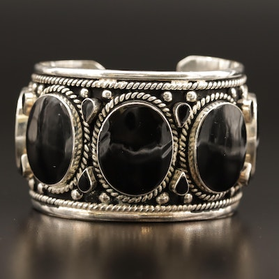 Mexican Sterling Silver Bezel Set Cuff with Rope Detail