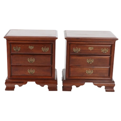 Colonial Style Cherry Chest of Drawers Nightstands, Late 20th Century