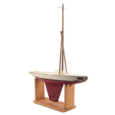 """Bench Made 'Saturn"""" Avon-By-The-Sea, NJ Model Sail Boat, Mid-20th C."""
