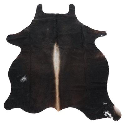 4'10 x 6'3 Brown and Black Cowhide Throw Rug