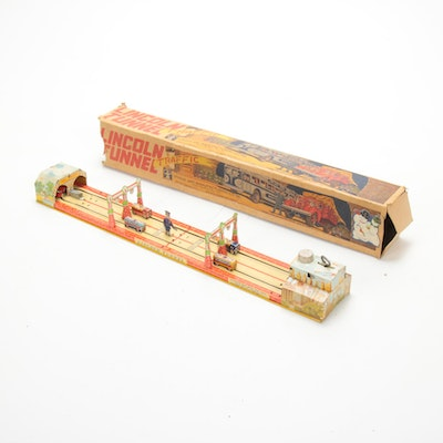 Unique Art Manufacturing Co. Lincoln Tunnel Tin Litho Wind Up Toy