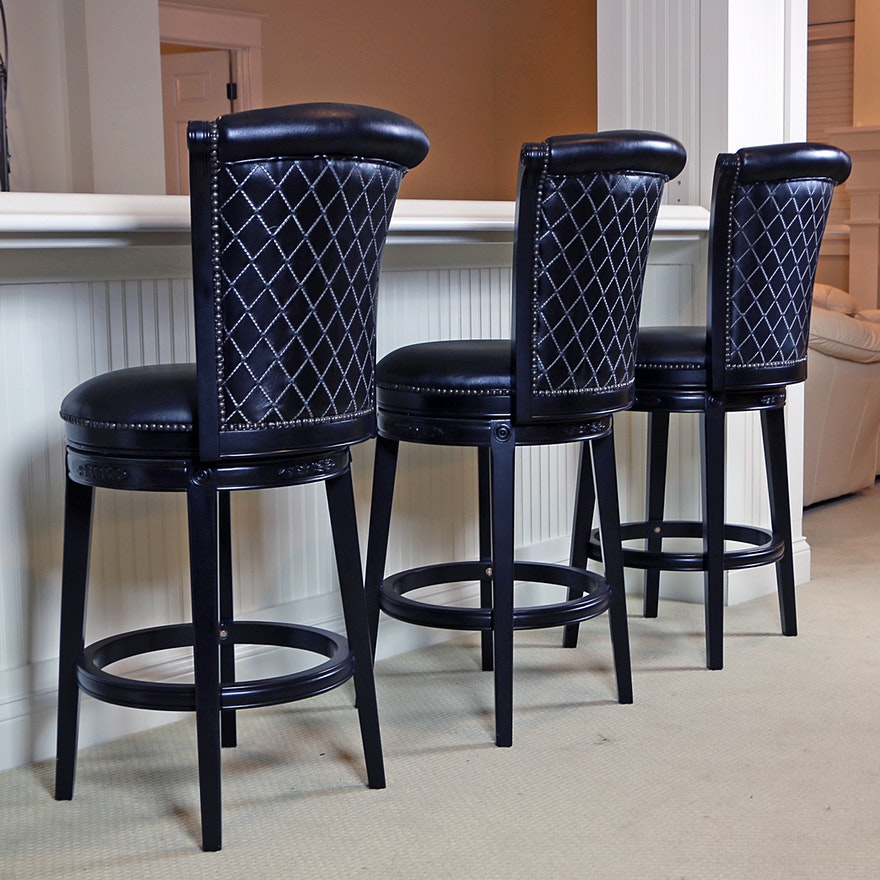 Hillsdale Furniture Black Vinyl Upholstered Swivel Barstools