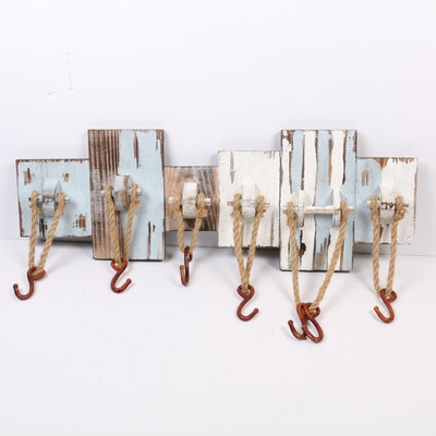 Beachcomber Style Plank Wall Hanging with Hooks
