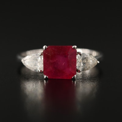 18K Corundum and Diamond Ring