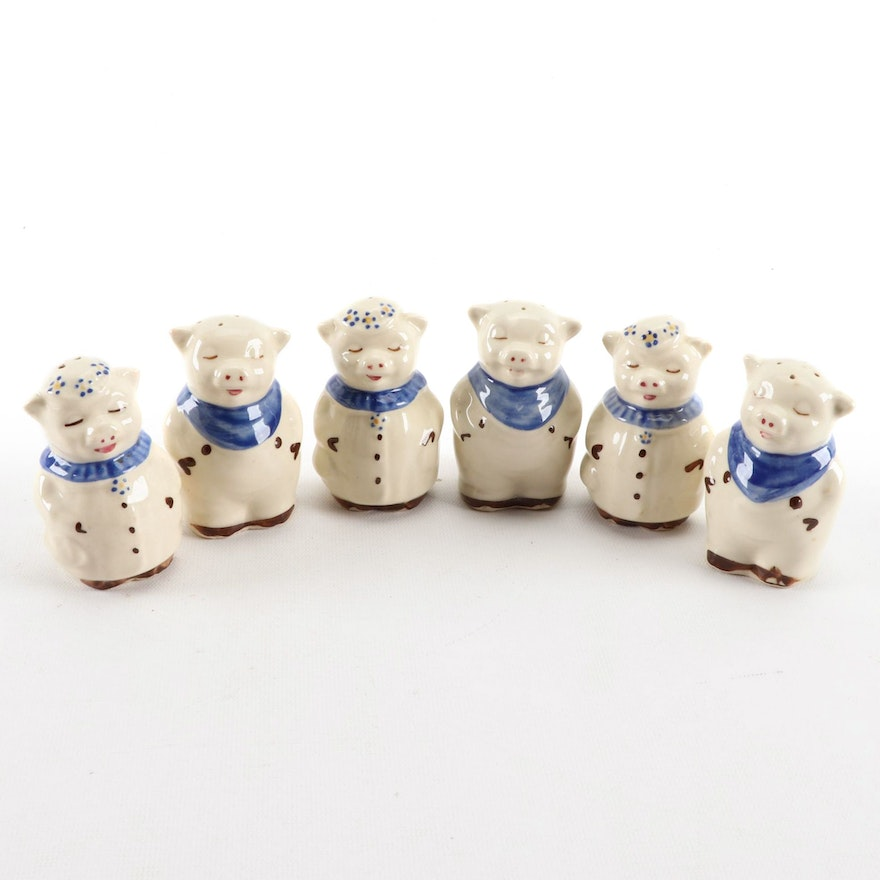 """Shawnee Pottery Co. """"Winnie"""" and """"Smiley"""" Ceramic Salt and Pepper Shakers, 1940s"""