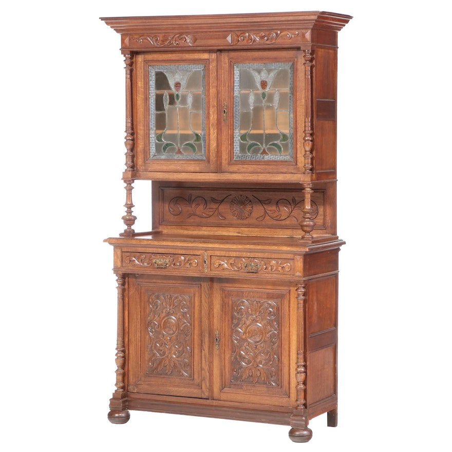 Belgian Carved Oak and Stained Glass Buffet à Deux Corps, circa 1900