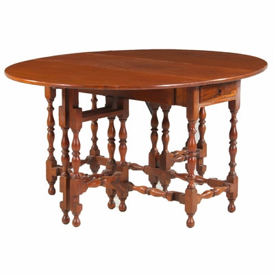 William and Mary Style Walnut Gateleg Table, 20th Century