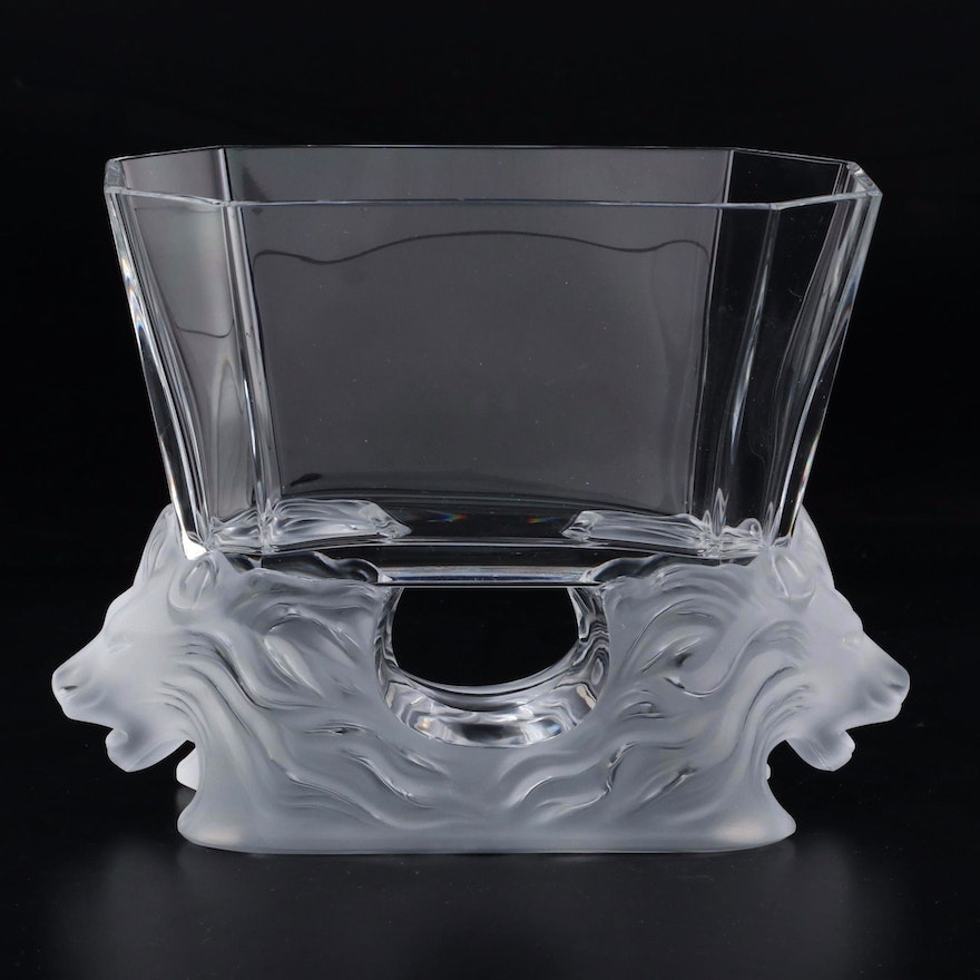 """Lalique """"Venise"""" Frosted Lion Octagonal Footed Bowl, Late 20th Century"""