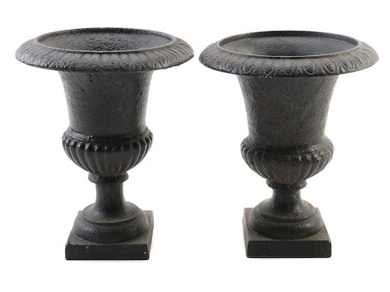 Art, Décor, & Rookwood Pottery