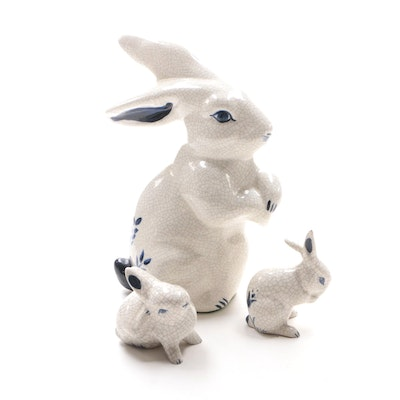 American Crackle Glaze Ceramic Rabbit with Babies Figurines, 1979