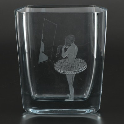 Asta Strömberg & Rune Strand Etched Crystal Vase