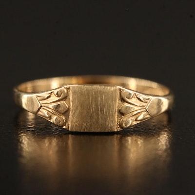 Plainville Stock Company 10K Signet Ring