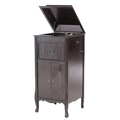 Columbia Grafonola H-2 Phonograph Player Cabinet, Early 20th Century