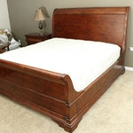 Henredon Mahogany Stained King Size Sleigh Bed Frame