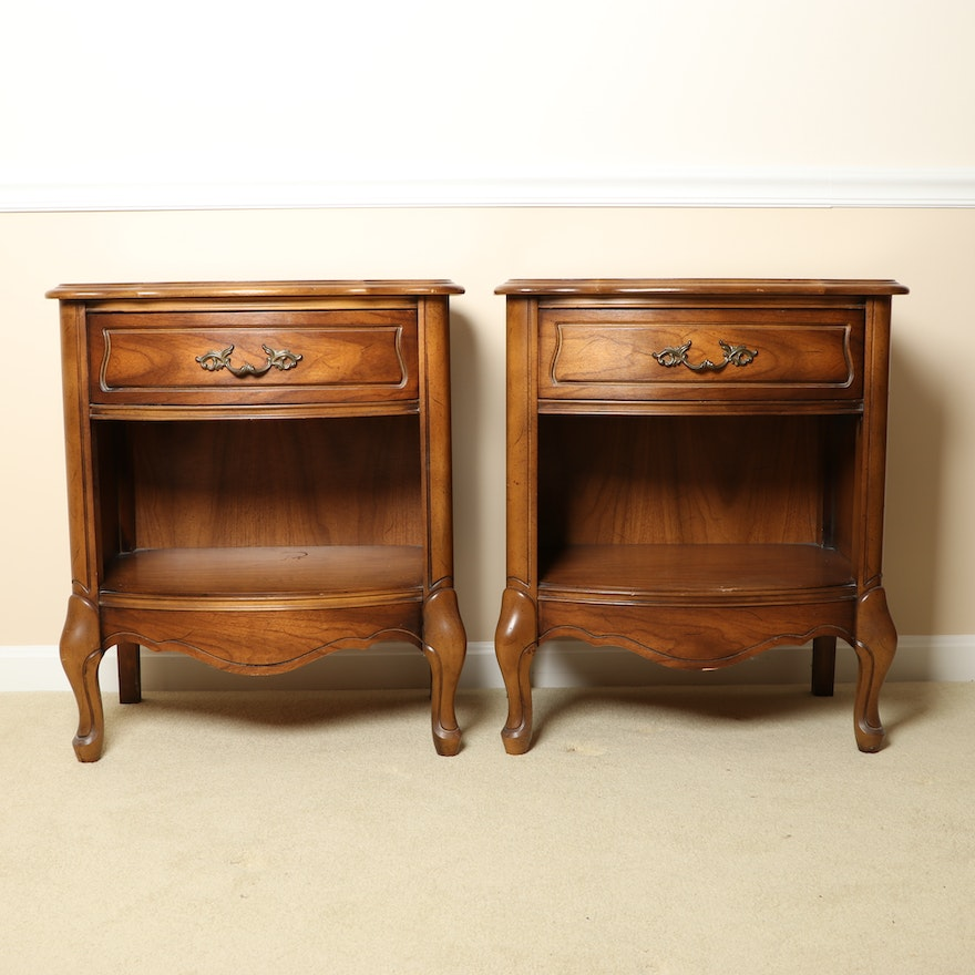 Broyhill French Provincial Louis XV Style Nightstands, Late 20th Century