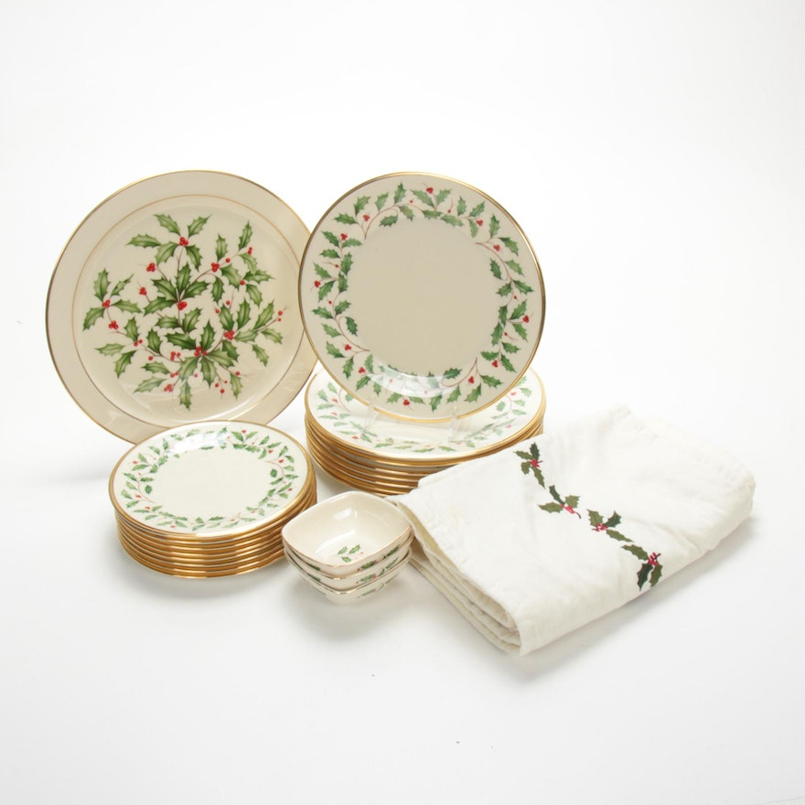 """Lenox """"Holiday"""" and Other Holly & Berry Gilt Trim Dinnerware"""
