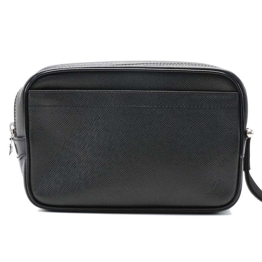Louis Vuitton Kaluga Clutch in Black Taiga Leather