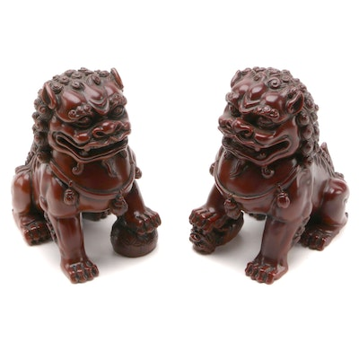 Chinese Resin Guardian Lions in Presentation Box