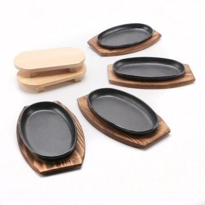 Cast Iron Barbecue Plates with Wooden Trivets