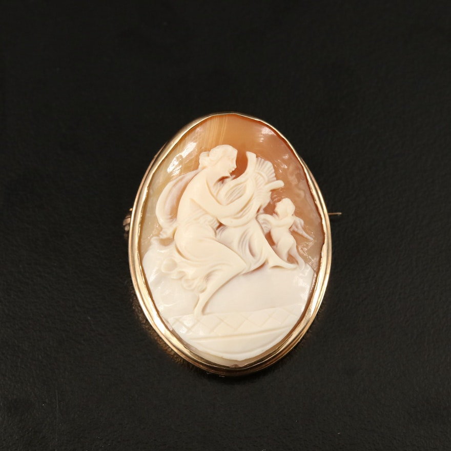 Vintage 10K Carved Helmet Shell Cameo Brooch