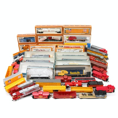 HO Scale Trains with Union Pacific and Southern Pacific