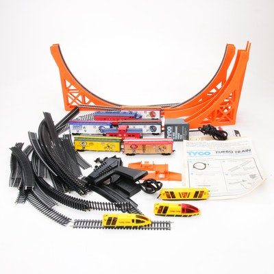 """HO Scale Trains with Tyco """"Turbo Train"""" Set, Late 20th Century"""