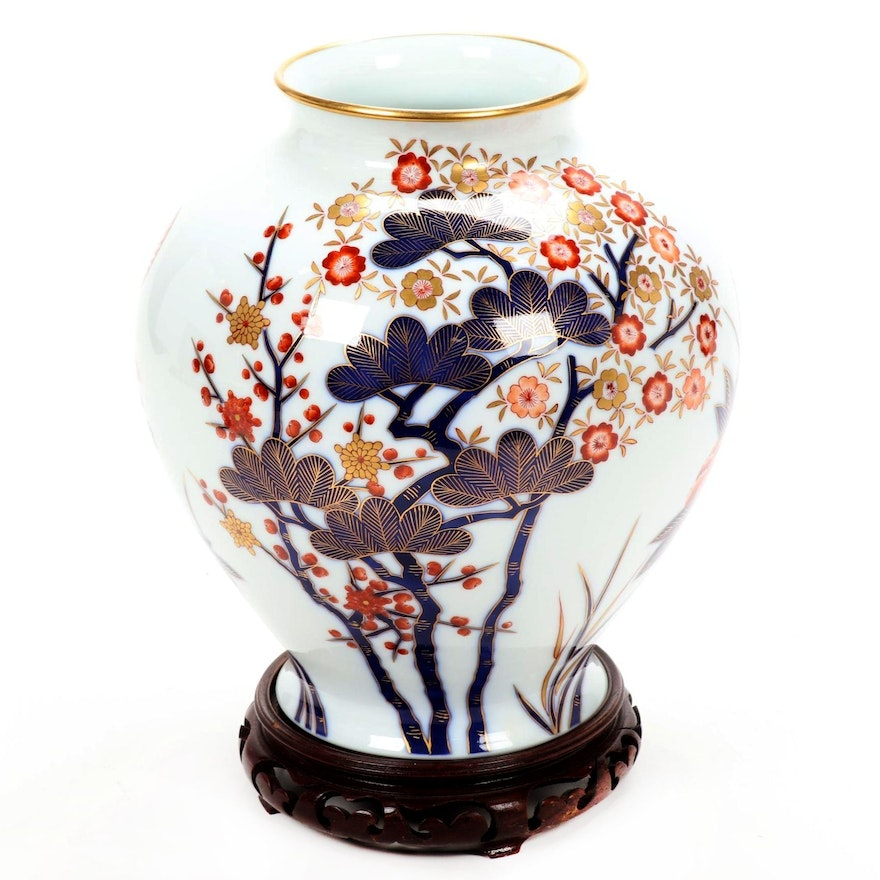 Chinese Hand-Painted Floral Motif Ceramic Vase on Wood Stand