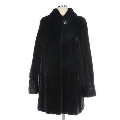 Blackglama Female Dark Mink Fur Stroller Coat with Three-Quarter Length Sleeves