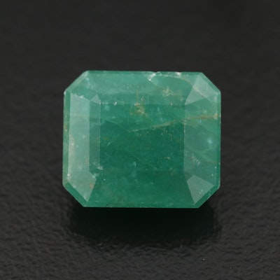 Loose 6.79 CT Cut Corner Rectangular Faceted Emerald