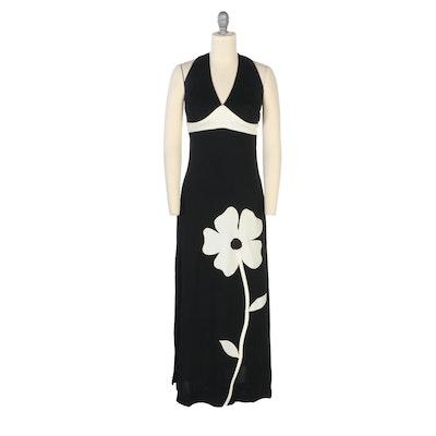 V-Neck Sleeveless Maxi Dress in Black and White Floral Design, 1960s Vintage