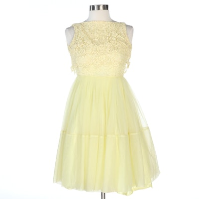 Pleated A-Line Sleeveless Dress in Yellow Lace and Chiffon, 1960s Vintage