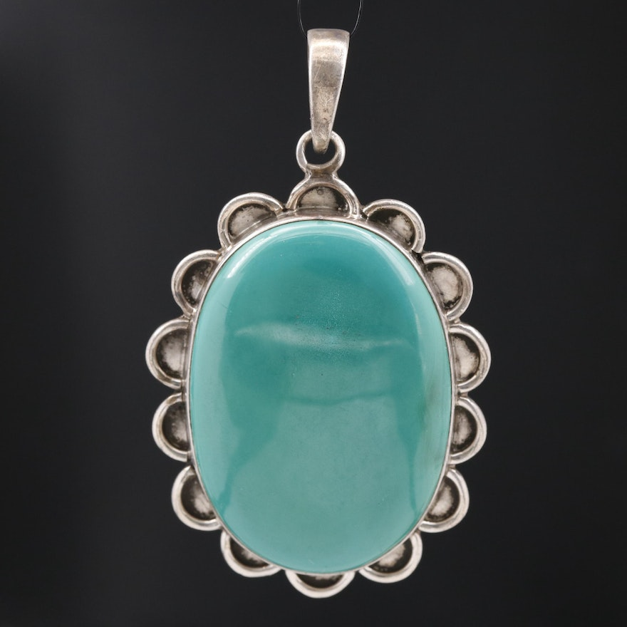 Sterling Oval Malachite Cabochon Pendant with Scalloped Frame