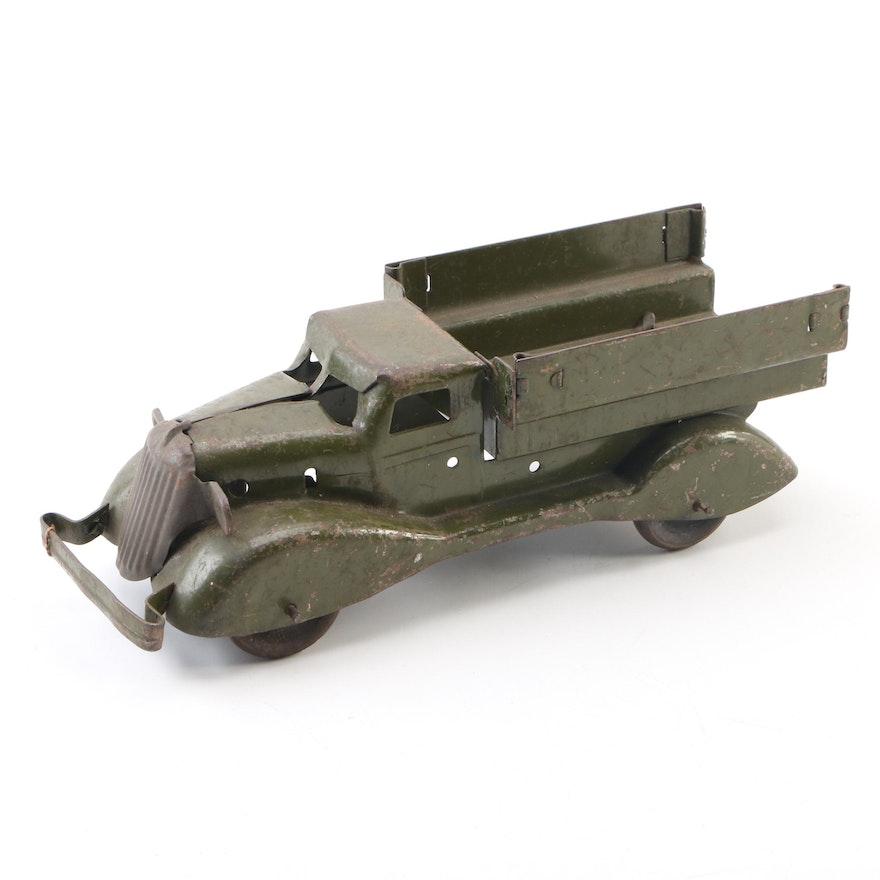 Marx U.S. Army Pressed Steel Streamlined Truck in Period Green Paint, 1930s