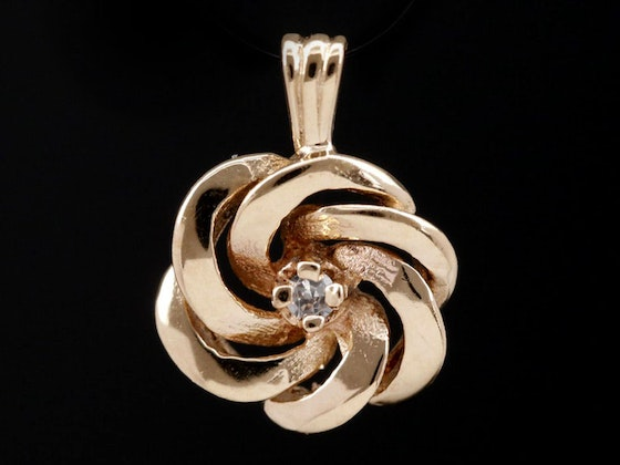 Fine Gold & Sterling Jewelry