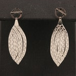 14K Patterned Herringbone Chain Navette Earrings