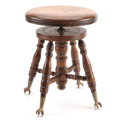 Olney Music Company Late Victorian Oak Adjustable Piano Stool, circa 1900