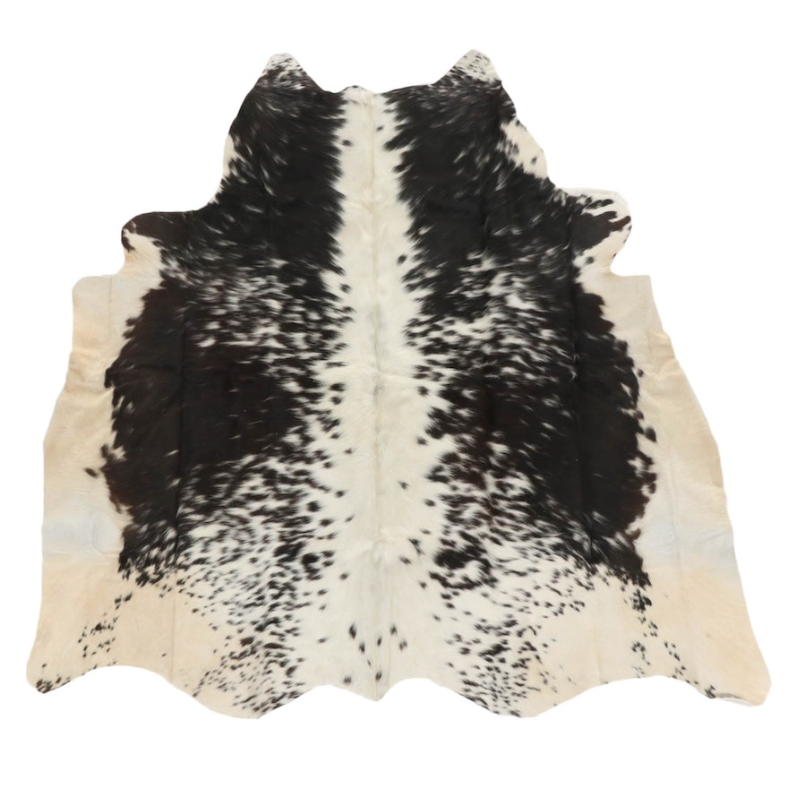 4'4 x 4'8 Natural Cowhide Area Rug