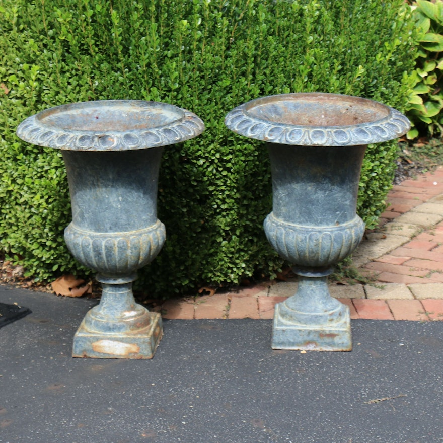 Pair of Neoclassical Style Painted Outdoor Pedestal Planters