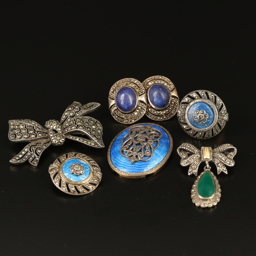 Selection of Vintage Jewelry Including Bow Brooch and Ring