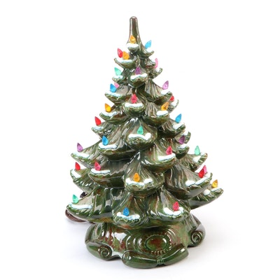 B&W Ceramics Light-Up Christmas Tree, Mid to Late 20th Century