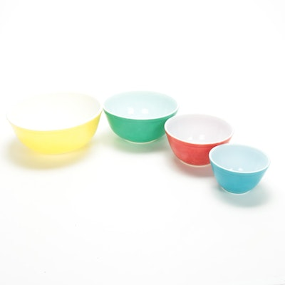 "Pyrex ""Primary Colors"" Mixing Bowl Set"