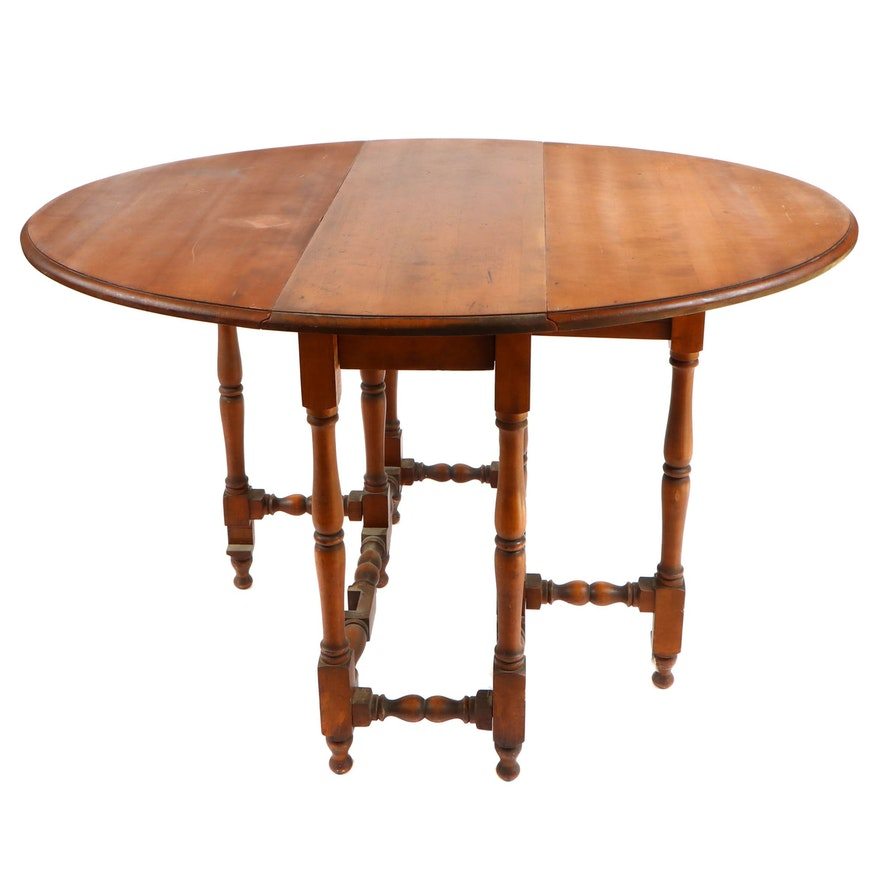 William and Mary Style Gate-Leg Table, 20th Century