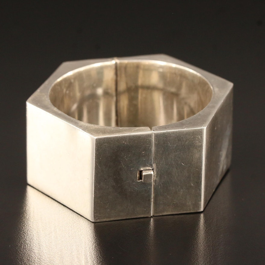 Mexican Alicia Plata Shop Sterling Silver Geometric Hinged Bangle