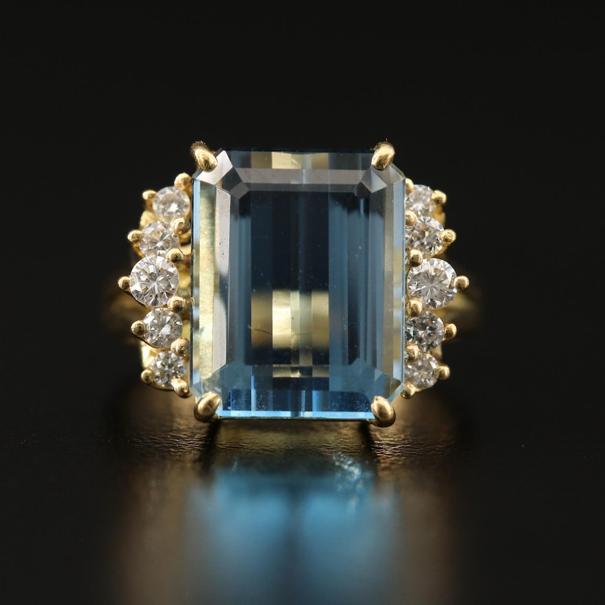 18K 6.20 CT Aquamarine and Diamond Ring