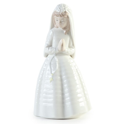 "Nao by Lladró ""First Communion"" Porcelain Figurine"