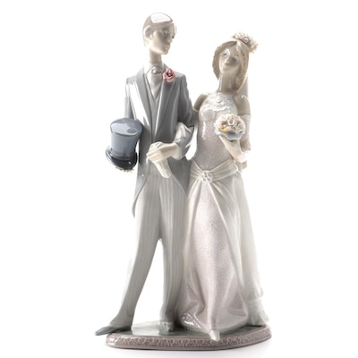 "Lladró ""Wedding"" Porcelain Figurine Designed by Juan Huerta"